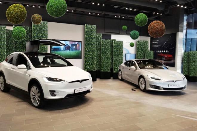 Tesla Design Lounge. Foto di Alberto Dello Iacono