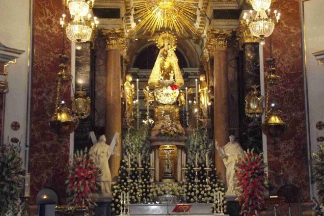 La Virgen de los Desamparados nella Basilica di Valencia