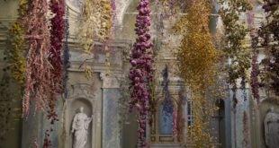 Rebecca Louise Law, Florilegium, 2020. Credits OTTN Projects (8)